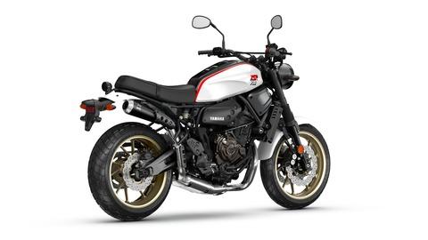 2019-Yamaha-XS700SCR-EU-Tech_Black-360-Degrees-008