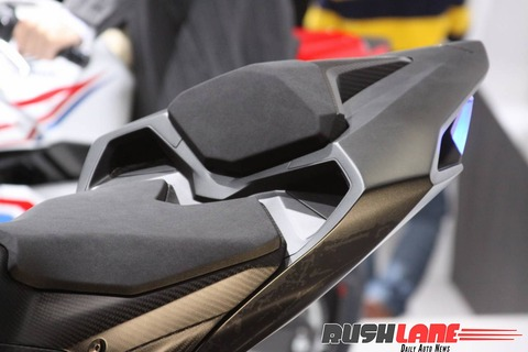 Honda-CBR250RR-lightweight-super-sport-hi-res-photo-5