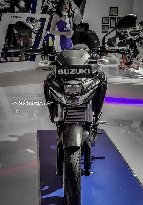 suzuki-GSX150R-26