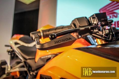 Honda-new-CBR250RR-Motogp-Repsol-edition-21