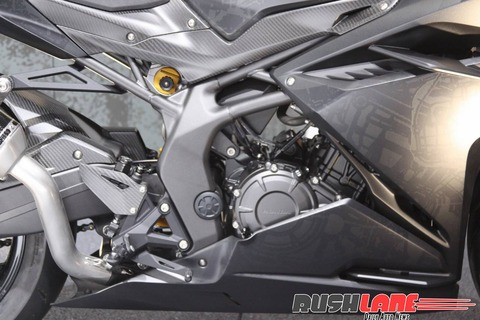 Honda-CBR250RR-lightweight-super-sport-hi-res-photo-31