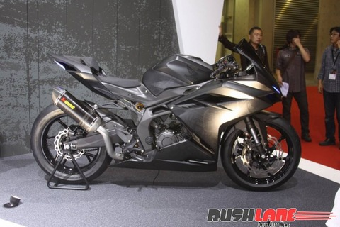 Honda-CBR250RR-lightweight-super-sport-hi-res-photo-26-810x540