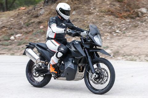 KTM-790-Adventure-004