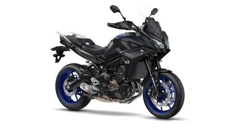 2018-Yamaha-Tracer-900-EU-Tech-Black-Studio-001
