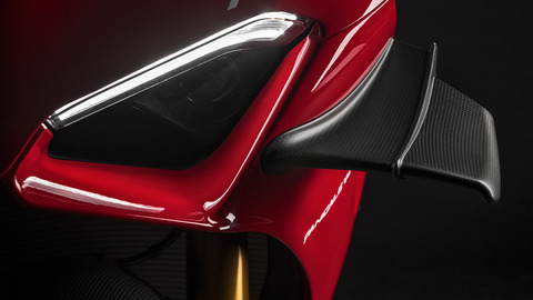 Panigale-V4R-Red-MY19-04-Gallery-1920x1080