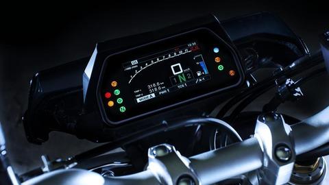 2017-Yamaha-MT10DX-EU-Silver-Blu-Carbon-Detail-004