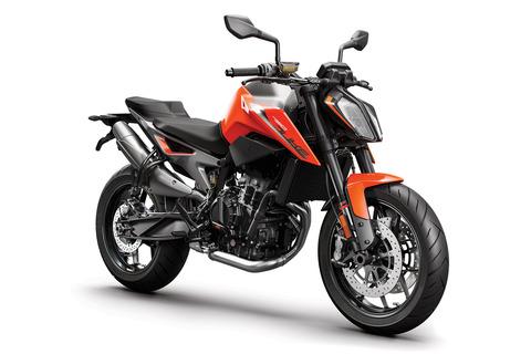 KTM-790-DUKE-2018-orange-MY18_RiFront
