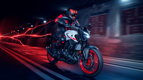 2020-Yamaha-MT320-EU-Ice_Fluo-Action-007-03