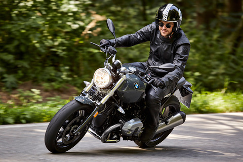 P90232676_highRes_the-new-bmw-r-ninet-