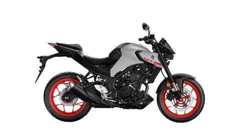 2020-Yamaha-MT320-EU-Ice_Fluo-Studio-002-03