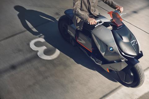 P90260580_highRes_bmw-motorrad-concept