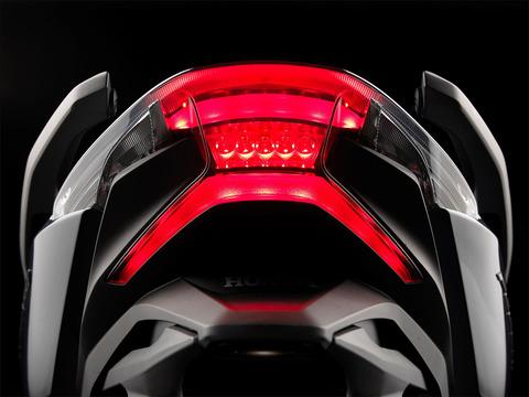 127271_Honda-Forza-300