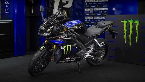 2019-Yamaha-YZF-R125SV-EU-Midnight_Black-Static-005-03