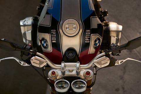 P90312809_highRes_bmw-r-ninet-bmw-moto