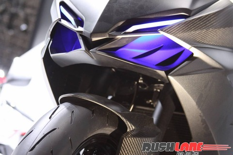 Honda-CBR250RR-lightweight-super-sport-hi-res-photo-20