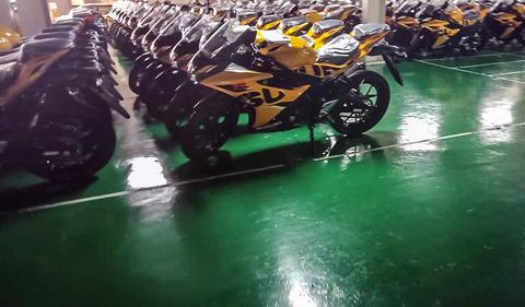 Suzuki-new-GSX-R150-kuning20-1