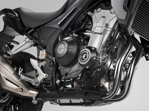 19_Honda_CB500X_engine