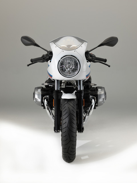 P90232660_highRes_the-new-bmw-r-ninet-