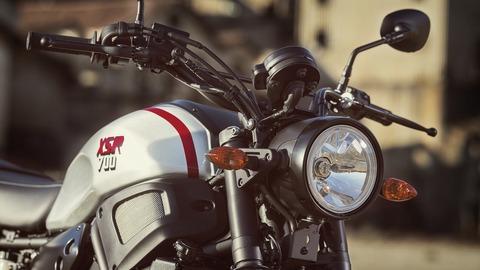 2019-Yamaha-XS700SCR-EU-Tech_Black-Detail-001-03