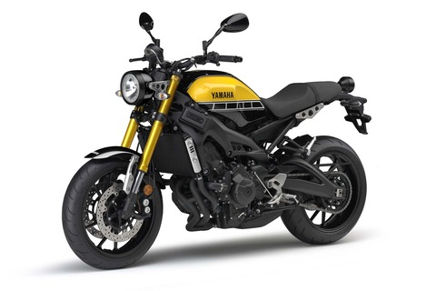 2016-Yamaha-XSR900-studio-03