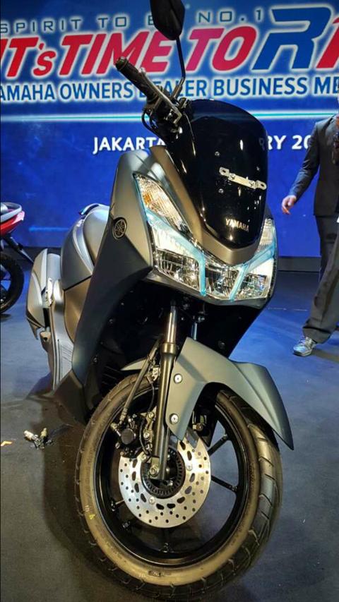 Yamaha-lexy-125-1