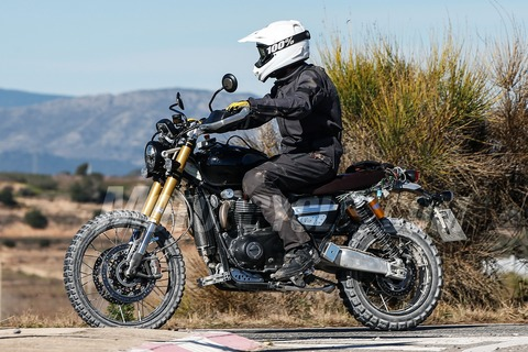 031518-spy-photos-2018-Triumph-Scrambler-1200-004
