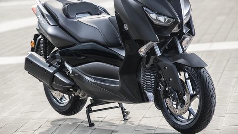 2019-Yamaha-XMAX300ASP-EU-Sword_Grey-Detail-010-03