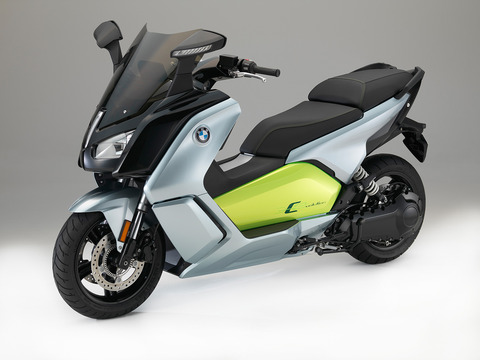 P90229624_highRes_the-new-bmw-c-evolut