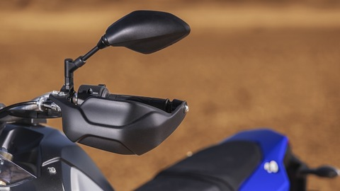 2019-Yamaha-XTZ700-EU-Power_Black-Detail-012-03