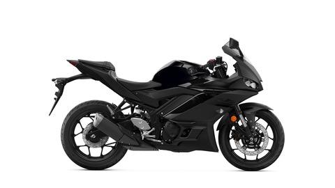 2020-Yamaha-YZF-R320-EU-Midnight_Black-Studio-002-03