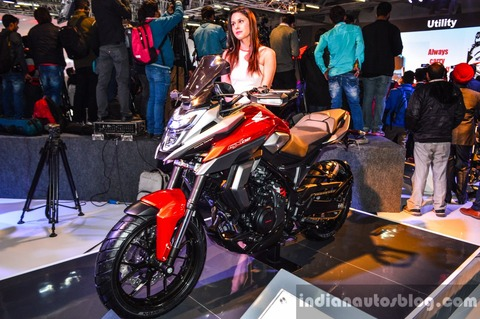 Honda-CX-02-Concept-front-quarter-at-Auto-Expo-2016