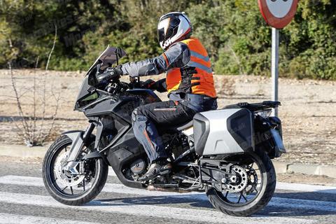 KTM-1290-Super-Adventure-T-017
