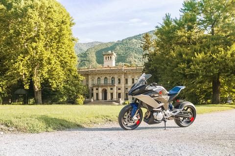 P90305944_highRes_bmw-motorrad-concept