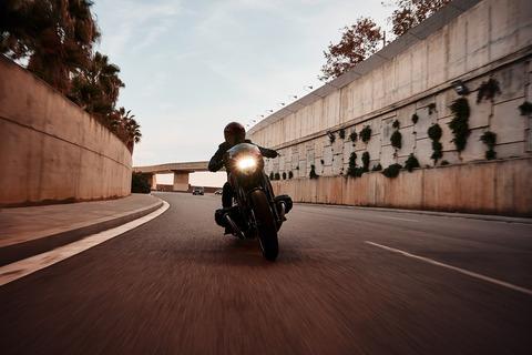 P90375110_highRes_bmw-motorrad-concept
