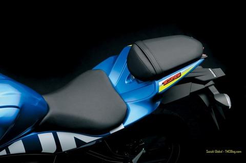 GSX-R125-R150-024