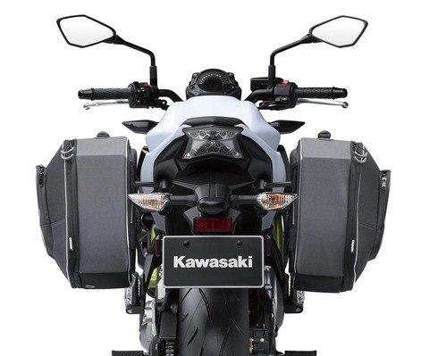 999940801-panniers-rear-bike_17ER650H_WT1_2048x1708