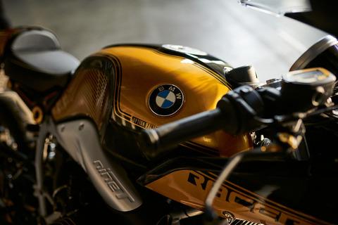 P90312818_highRes_bmw-r-ninet-racer-bm