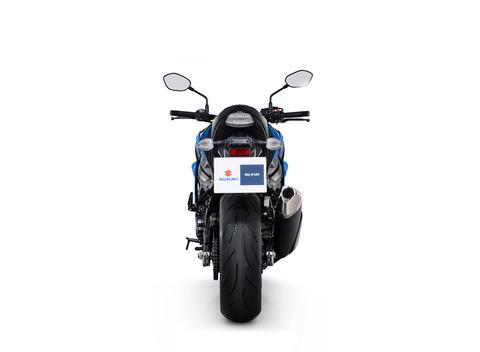 gsx-s750_blue_rear