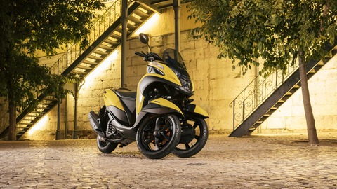 2017-Yamaha-Tricity-EU-Sunny-Yellow-Static-004