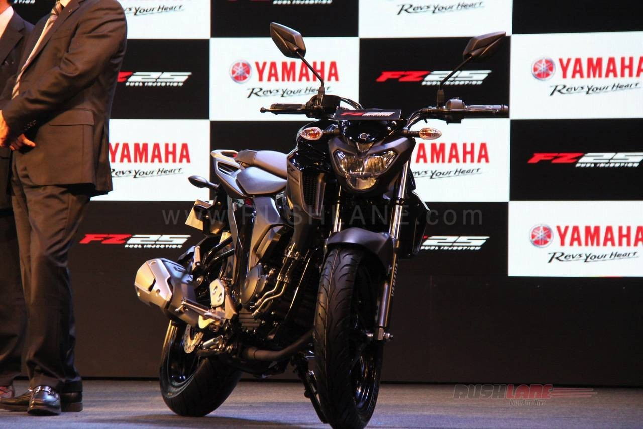 1 30更新 ヤマハの新型バイク fz25のお写真とかスペックとか動画とか