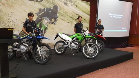カワサキの新型KLX230がインドネシアで正式発表。公道走行可能&FIだよ