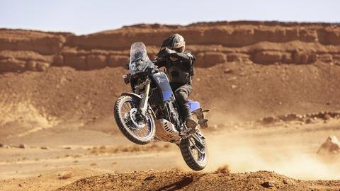 2019-Yamaha-XTZ700-EU-Power_Black-Action-008-03
