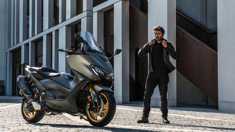 2020-Yamaha-XP500ADX-EU-Tech_Kamo-Static-003-03