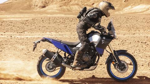 2019-Yamaha-XTZ700-EU-Power_Black-Action-004-03