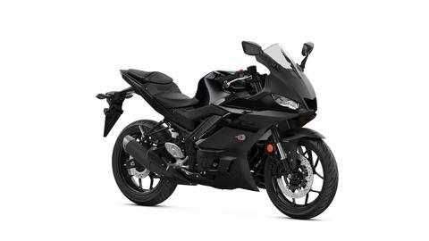 2020-Yamaha-YZF-R320-EU-Midnight_Black-Studio-001-03