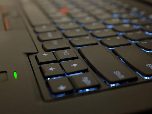 ThinkPad X1 YOGAのキーボードのキーの形状