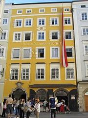 『ザルツブルクにあるモーツァルトの生家』