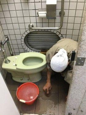 新横浜駅前トイレ早朝掃除