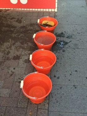 新横浜駅前トイレ清掃