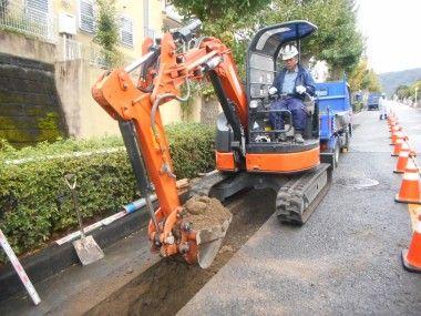 金沢区釜利谷で水道工事